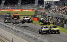 2017 Clipsal 500 Race 3 Highlights
